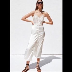 Zara White Satin maxi dress size Small